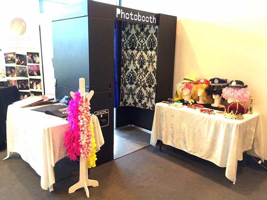 Glam Photobooths - Classic Photo Booth at Wedding Expo